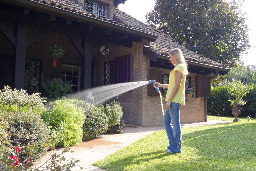 Tubi per irrigazione flessibili ed estensibili
